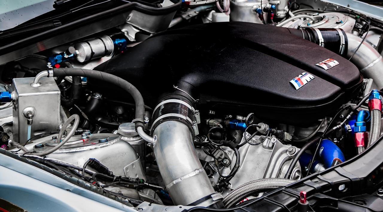 moteur-voiture-preparer